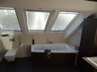 Wellness mit großartigen Ausblick: moderne Badezimmer von Bad Campioni