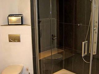 Proyectos Baños de estilo moderno de Tu-Reforma Moderno