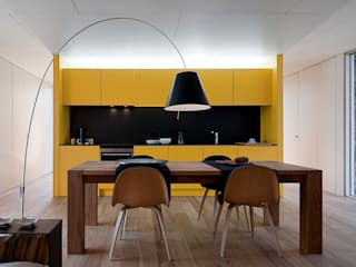 Jular Madeiras Modern dining room Plywood Yellow