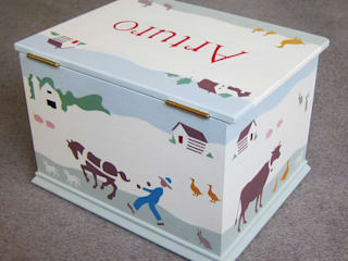 Retro Farm Keepsake Box: modern  by Anne Taylor Designs, Modern