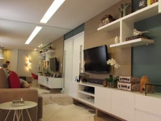 SALA DE JOVEM CASAL Salas de estar modernas por DIÂMETRO INTERIOR DESIGN Moderno