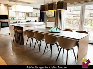 Cocinas de estilo  por Atelier Pourpre Design & Décoration SPRL,