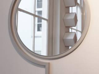 Contorno Mirror van Studio Jolanda van Goor Scandinavisch