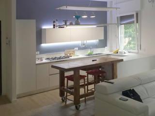 casa G Cucina moderna di VRSArchitettura Moderno