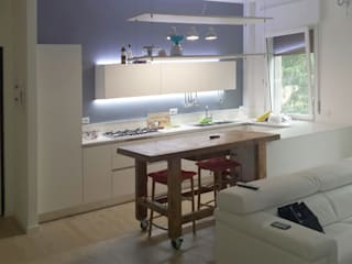 casa G: Cucina in stile in stile Moderno di VRSArchitettura