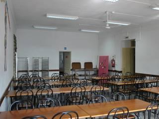 Refeitório Centro Social:   por MELOM Momentos,Clássico