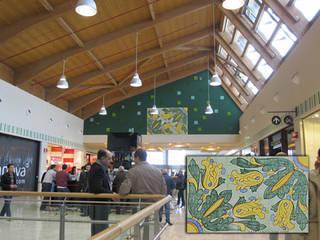 CEAR Ceramiche Azzaro & Romano Srl Mediterranean style corridor, hallway and stairs Ceramic Multicolored