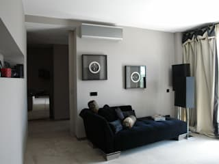 Apartamento - Restauro: Salas de estar  por Decorando - Inner Spaces,Moderno