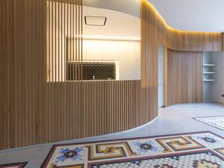 casa F Salones de estilo moderno de Ignacio Carbó -myarchitect- Moderno