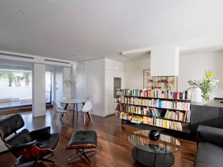 casa PEY Salones de estilo moderno de Ignacio Carbó -myarchitect- Moderno
