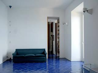 Casa E: Soggiorno in stile in stile Moderno di Sergio Prozzillo Ass.ti