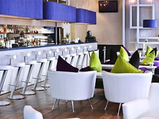 Rockwell bar - Trafalgar Hotel by Hilton, UK Rethink Interiors Ltd Modern hotels