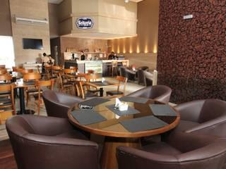 Café e Vinho por Arquitetura Integrada Moderno