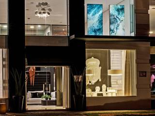 Fachada Black Home Design: Salas de jantar  por Camila Bruzamolin - arquitetura