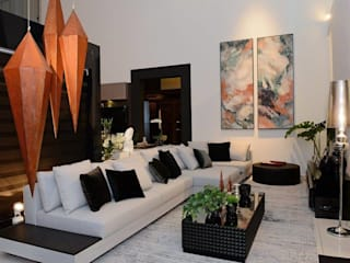 Mostra Black Home - Curitiba: Salas de estar  por Camila Bruzamolin - arquitetura