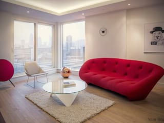 Flat in the City YAM Studios Modern living room Red