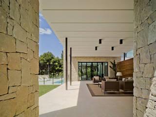 Terrazas  de estilo  por Aguilar Arquitectos,