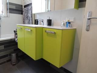 Sie machen Urlaub - wir renovieren Ihr Bad!: moderne Badezimmer von Bad Campioni