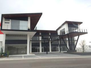 AParquitectos Centros comerciales Hierro/Acero Negro