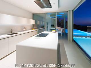 Moderne Küchen von Hi-cam Portugal Modern