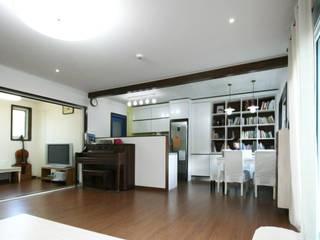 용인 흥덕지구 (Yongin) 모던스타일 거실 by HOUSE & BUILDER 모던