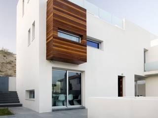 Casas  por Ceres A+D, Minimalista