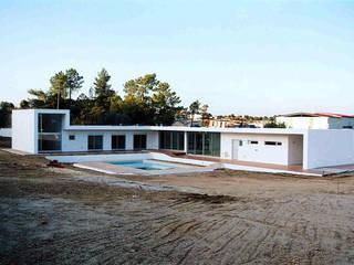 Casa L:   por Andre Espinho Arquitectura