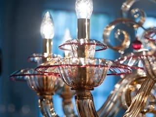Murano Glass Chandelier - classic ruby details fumé glass chandelier - MANIN von YourMurano Lighting UK Klassisch