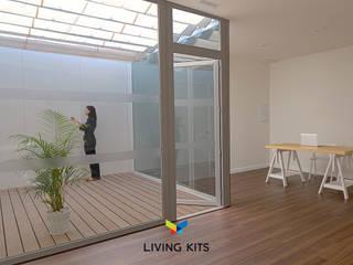 Moderne tuinen van Casas Modernas | LIVING KITS Modern