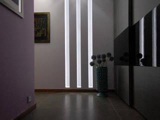 Mieszkanie prywatne w KATOWICACH: styl , w kategorii Korytarz, przedpokój zaprojektowany przez NOBO DESIGN Aleksandra Huras