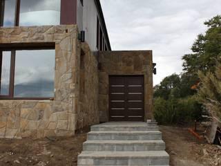 Modern houses by CaB Estudio de Arquitectura Modern