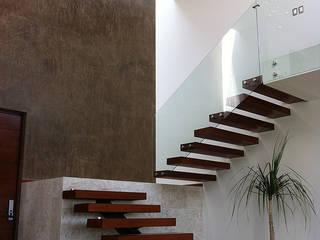Casa Figueroa Pasillos, vestíbulos y escaleras modernos de AParquitectos Moderno