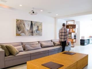 Apartamento Três Figueiras Salas de estar modernas por João Linck | Arquitetura Moderno