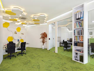 Interior design for an Office:  Study/office by Deodhar Associates