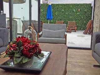 Arquitectura101 + Kably Arquitectos Balcone, Veranda & Terrazza in stile moderno