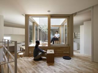 藤原・室 建築設計事務所 Living roomStools & chairs