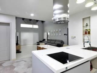 윤성하우징 Cocinas de estilo moderno
