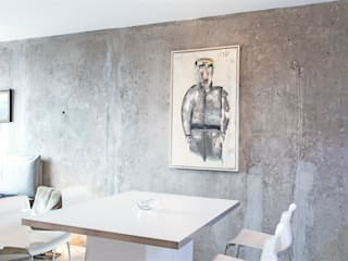 Minimalist dining room by Alexander John Huston Minimalist