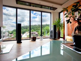 Wohnen im SmartHome Klaus Geyer Elektrotechnik Moderne Wohnzimmer