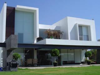 Fachada Casas modernas de AParquitectos Moderno