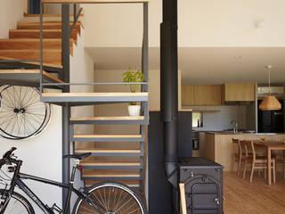 toki Architect design office Modern Corridor, Hallway and Staircase Iron/Steel Black