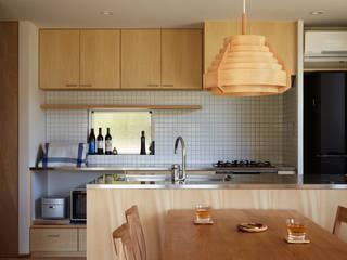 toki Architect design office Modern kitchen Wood Wood effect