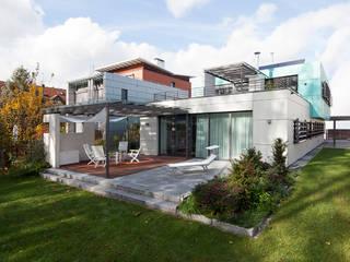 Makante Fassaden, intelligentes Inneres Klaus Geyer Elektrotechnik Moderne Häuser