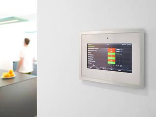 Modern walls & floors by Klaus Geyer Elektrotechnik Modern