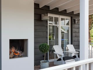 Country style balcony, porch & terrace by Brand I BBA Architecten Country