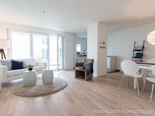 Living room by Münchner HOME STAGING Agentur