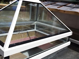 Skylights With a Contemporary Finish Modern windows & doors by Sunsquare Ltd Modern