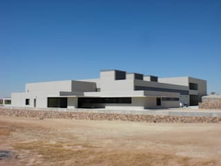CONSTRUCCIÓN EN GENERAL Bodegas de estilo moderno de Alfonso Gonzalez, S.L. Moderno