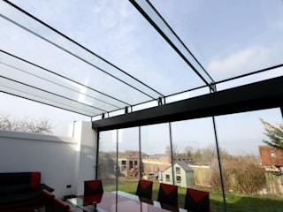 Dunstable Modern windows & doors by IQ Glass UK Modern