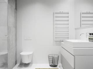 Wnętrze w bieli.: styl , w kategorii Łazienka zaprojektowany przez NUKO STUDIO